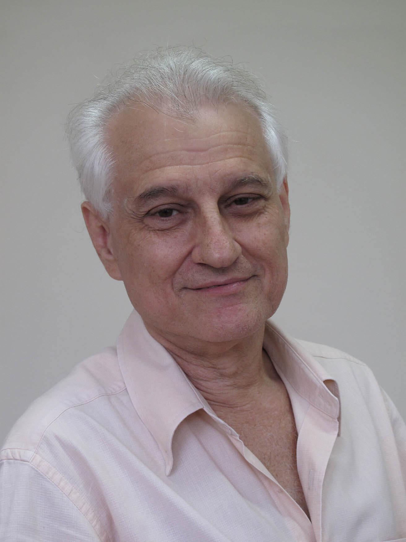MOISÉS HENRIQUE SZWARCMAN
